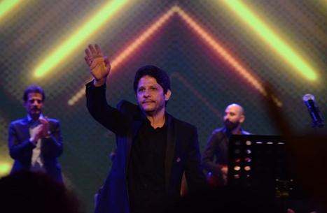 معين شريف أول مطرب عربي يغني في إيران منذ عقود