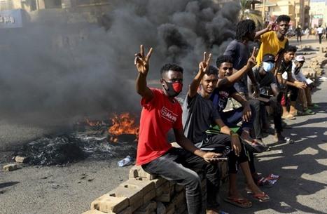 3 قتلى بمظاهرات ضد الانقلاب بالسودان ودعوات لعصيان مدني