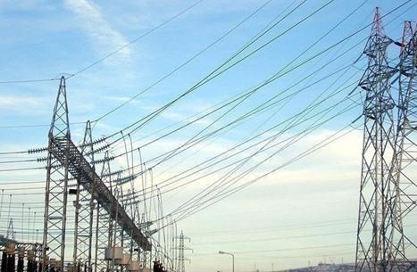 الاحتلال يعتزم قطع الكهرباء عن مناطق بالضفة الغربية