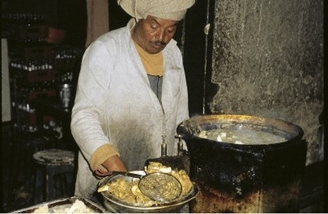 """مصر ترفع أسعار """"زيت الفقراء"""" للمرة الثانية.. ماذا عن الخبز؟"""