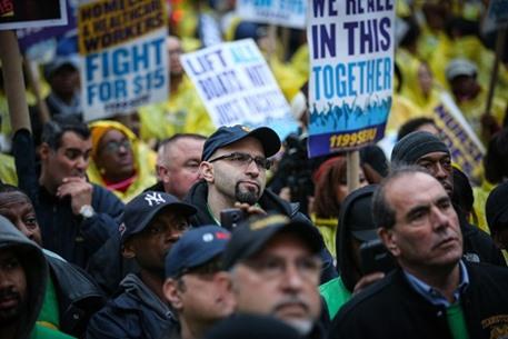 مظاهرات في أمريكا تطالب برفع أجور العمال - 04- مظاهرات في أمريكا تطالب برفع أجور العمال - الاناضول