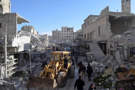 مجزرة الطائرات الروسية تودي بحياة 40 سوريا - 07- مجزرة الطائرات الروسية تودي بحياة 40 سوريا - الاناض