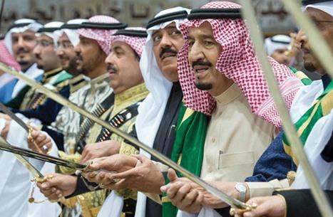 بلومبيرغ: سياسات الرياض لم تعد مهتمة بقيادة العالم الإسلامي