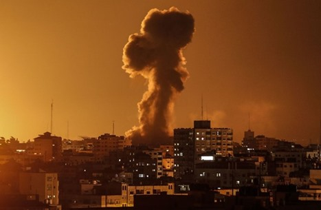 طائرات الاحتلال تقصف موقعا للمقاومة شمال قطاع غزة (شاهد)