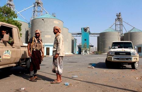 """مقتل 7 جنود يمنيين في مواجهات مع جماعة """"الحوثي"""" بالحديدة"""
