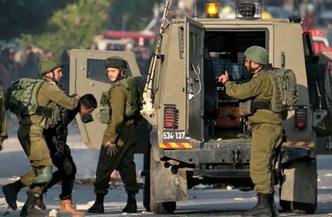 الاحتلال يعتقل 11 فلسطينيا بالضفة معظمهم من رام الله (شاهد)