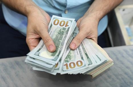 هبوط الدولار لأدنى مستوى في 4 أسابيع وتراجع عائدات الخزانة