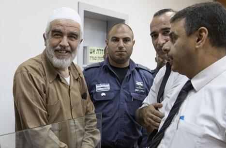 تضامن واسع مع الشيخ رائد صلاح ودعوات لمحاسبة الاحتلال