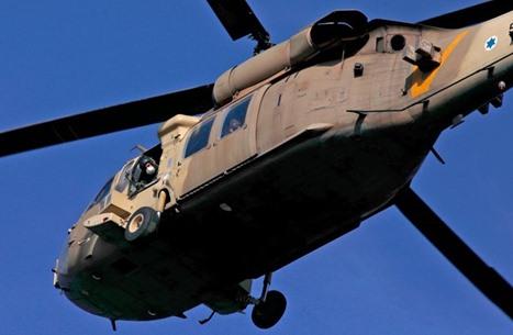 مقتل ضابط وجندي إسرائيليين بتحطم طائرة في النقب (شاهد)