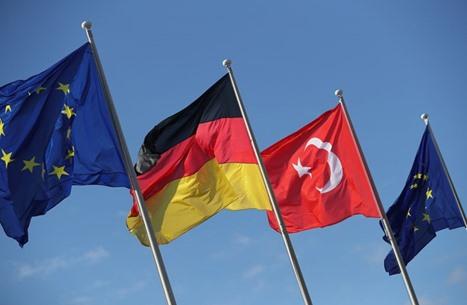 البرلمان الأوروبي يدعو لفرض عقوبات على تركيا.. أنقرة ترد