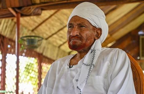 """تكليف النائب الأول للصادق المهدي بقيادة حزب """"الأمة"""" السوداني"""