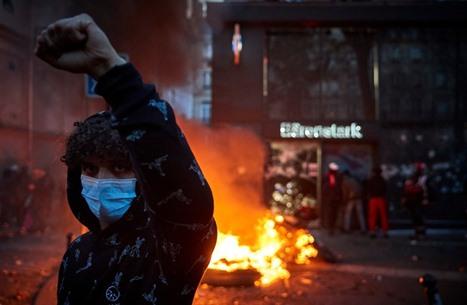 """غضب في فرنسا رفضا لـ""""قانون الأمن"""" المقيد للحريات (شاهد)"""