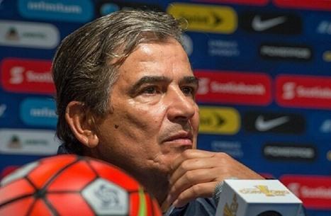 إقالة الكولومبي بينتو من تدريب المنتخب الإماراتي