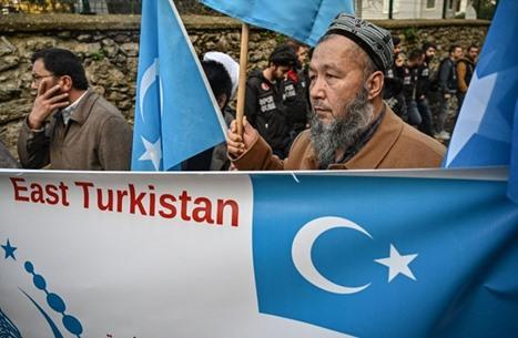 واشنطن تدعو بكين لإنهاء الانتهاكات المروعة ضد الإيغور