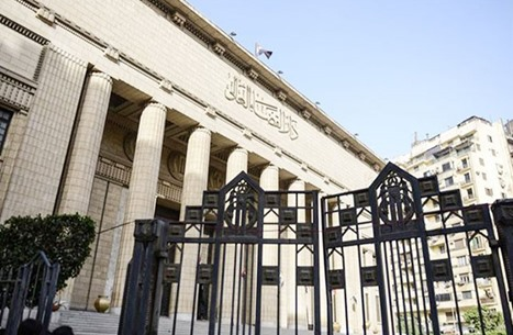 محكمة مصرية تأمر بجلب صهر علاء مبارك بقضية الغاز