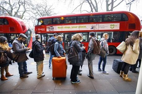 إضرابات عمالية تسبب فوضى في لندن - 03- إضرابات عمالية تسبب فوضى في لندن - الاناضول