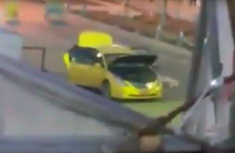 لحظة انفجار مفخخة في شخصين حاولا تفكيكها ببغداد (شاهد)