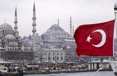 تركيا تمنح تراخيص عمل لـ 73 ألف أجنبي خلال 2016