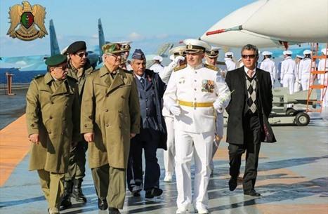 لوفيغارو: روسيا تتحالف مع حفتر.. ووضع ليبيا بطريق مسدود