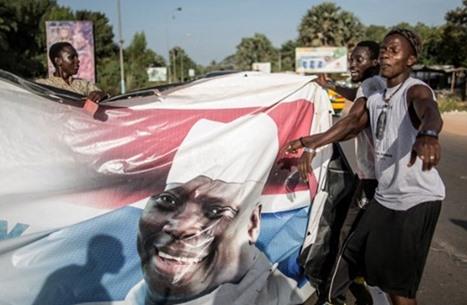 تدخل عسكري وشيك في جامبيا إذا لم يتم تسليم السلطة