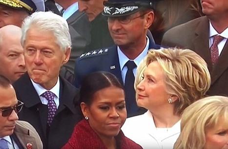 بيل كلينتون نظر إلى إيفانكا ترامب فأثار غضب هيلاري (شاهد)