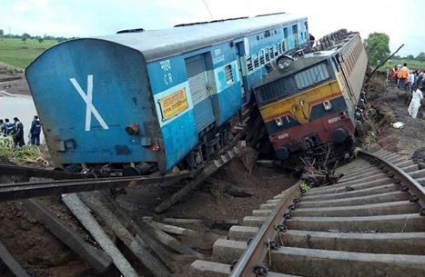 23 قتيلا على الأقل و100 جريح بانحراف قطار في الهند