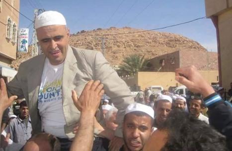 مخاوف على حياة ناشط أمازيغي معتقل بالجزائر مضرب عن الطعام