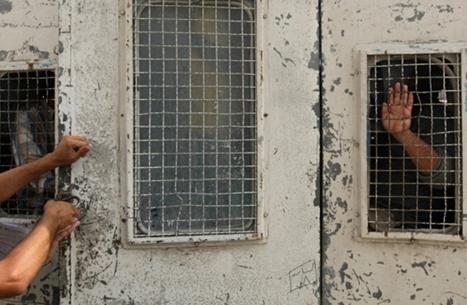 معتقلة سابقة تتحدث عن الإهمال الصحي بسجون السعودية (شاهد)