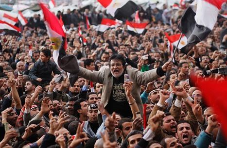 """إندبندنت: 10 أعوام على الثورة تحولت فيها مصر إلى """"بوليسية"""""""