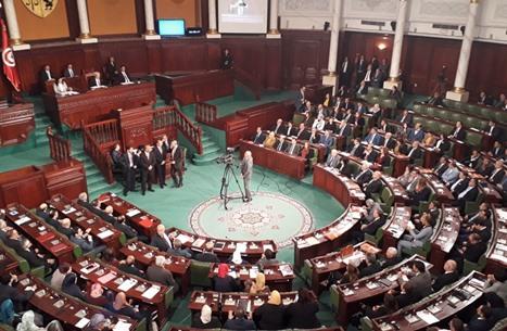 نشر قرارات سعيّد بشأن البرلمان وأعضائه رسميا بتونس