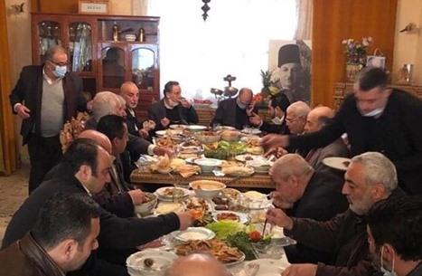 ردود فعل بعد إصابة وزير الصحة اللبناني بكورونا إثر مأدبة طعام