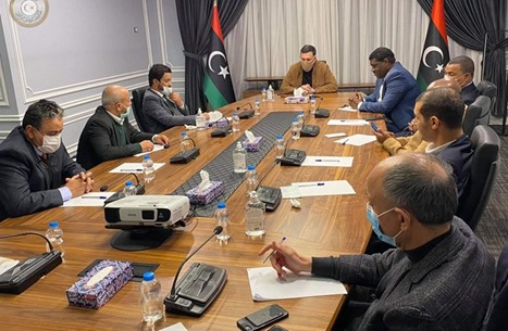 ماذا وراء دعوة السراج لتشكيل حكومة وحدة وطنية في ليبيا؟