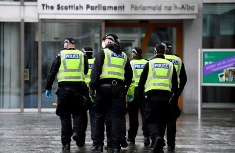 خطأ تقني يحذف آلاف بيانات اعتقال خاصة بشرطة بريطانيا