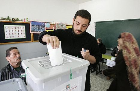 """""""عربي21"""" تستطلع رأي نخب فلسطينية ومقدسية بالانتخابات"""