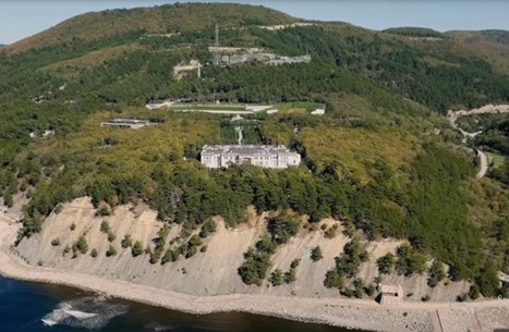 """فيديو لـ""""قصر بوتين"""" يثير غضبا بروسيا..  39 ضعف مساحة موناكو"""