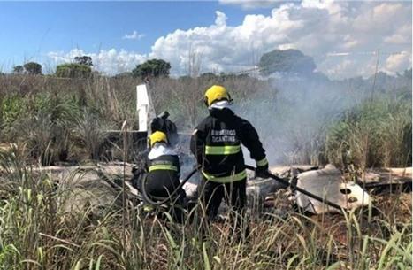 مصرع رئيس ناد برازيلي وأربعة لاعبين في حادث تحطم طائرة