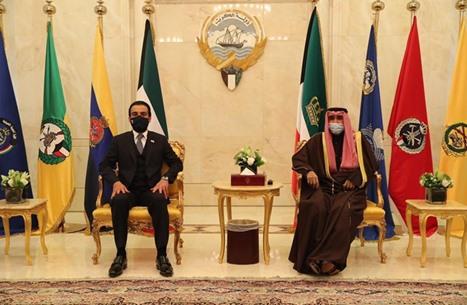 رئيس برلمان العراق يعقد مباحثات مع أمير الكويت