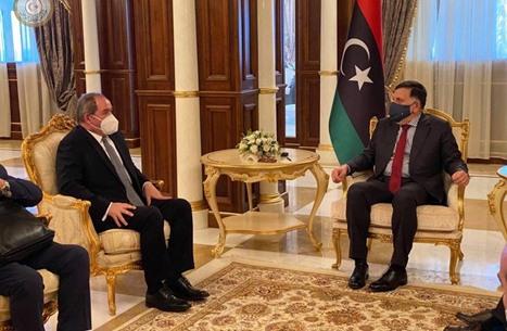 السراج يلتقي وزير خارجية الجزائر.. بحثا ملف إنجاح الانتخابات