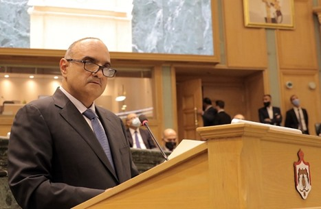 وقفة احتجاجية بالأردن تضامنا مع ناشط شكا عليه رئيس الحكومة