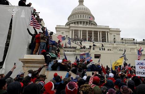 FP: الديمقراطية الأمريكية بالداخل تختلف عن نشرها في الخارج