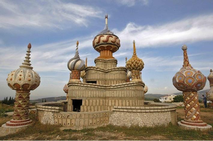 """""""قصر الأحلام"""".. تحفة فنية بقدرات فردية في شمال لبنان - aa_picture_20131215_1176139_web"""