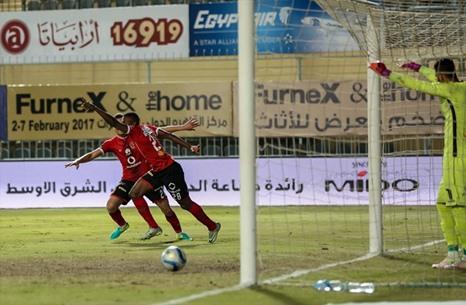 الأهلي يحسم كلاسيكو الكرة المصرية - 07- الأهلي يحسم كلاسيكو الكرة المصرية - الاناضول