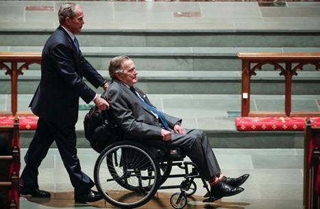 جورج بوش يكشف اسم الشخص الذي صوت له في انتخابات الرئاسة