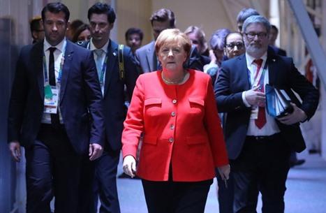 """انتخاب """"أرمين لاشيت"""" خلفا لميركل في حزبها.. من هو؟"""
