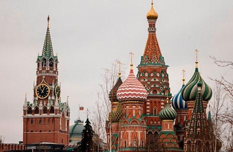 """موسكو ترفض """"تدخلات أمريكية"""" باحتجاجات تعم روسيا"""