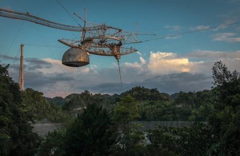 شاهد لحظات انهيار منصة أكبر تلسكوب في العالم