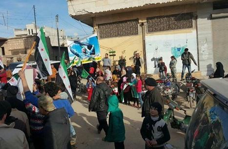"""شرعيون يطلقون حملة تطالب """"تحرير الشام"""" بإطلاق معتقلين"""