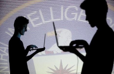 """""""هيرست"""" يكشف أزمة جواسيس الـ""""CIA"""" بالمنطقة مع ترامب"""