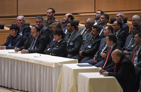 اجتماع استشاري للمعارضة السورية في مفاوضات جنيف