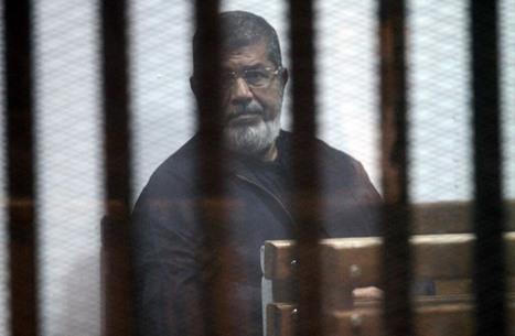مرسي مخاطبا المحكمة: ما زلت رئيسا للجمهورية